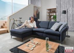 A pihenőkanapé részen kényelmesen elheveredhetünk