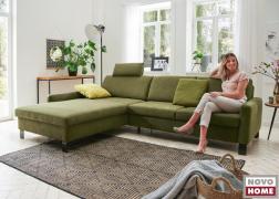A Domino kanapé kényelmes, 50 vagy 53 cm-es ülésmélységgel kérhető