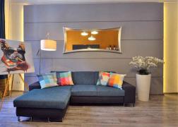 Ülőgarnitúra vásárlónk otthonában C karfa és szögletes ülőfelület