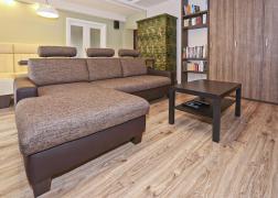 6435 összeállítás 157x 235 cm méretben ágy funkcióval és ágyneműtartóval