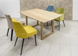 Tölgy asztal színes székekkel