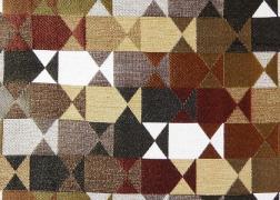 Delta-Barna kollekciónk geometrikus, merész minták és színek játékával hódít.