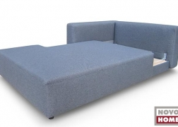 Az ágy, az ülőfelület előre húzásával nyitható